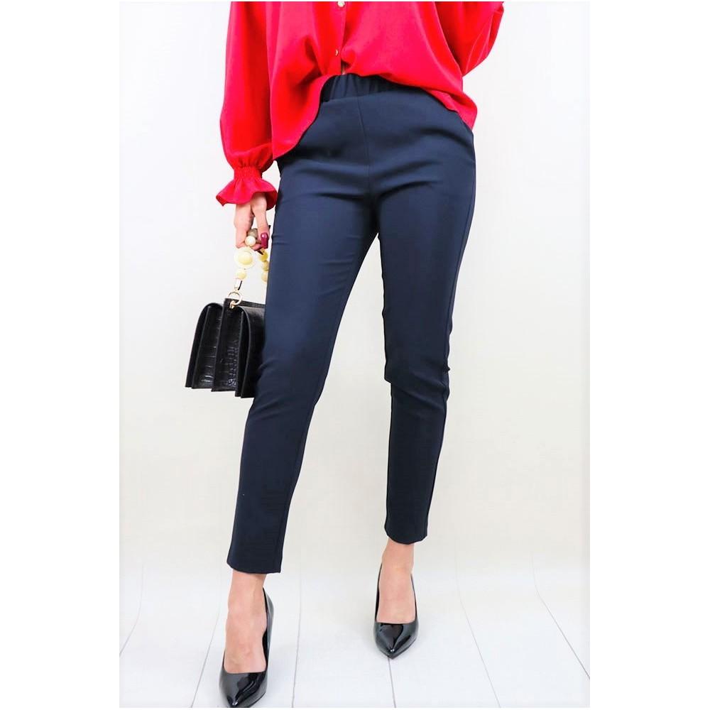 Granatowe spodnie materiałowe