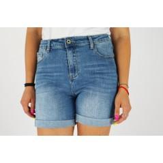 Spodenki jeansowe damskie z podwijanymi nogawkami