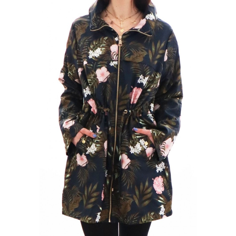 Wiosenna kurtka z printem kwiatowym