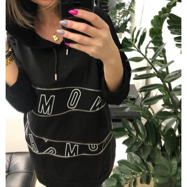 Czarna bluza oversize z kapturem i ozdobnymi grafikami