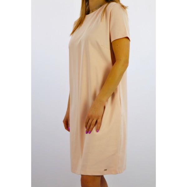 Pudrowa sukienka MEGI basicowy fason z czarną koronką z tyłu
