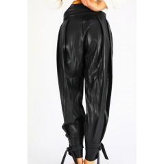 Spodnie skórzane damskie baggy z ozdobnymi guziczkami w pasie