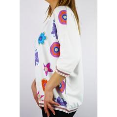 Biała bluza damska MEGI oversize w kolorowe grafiki