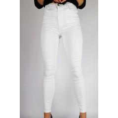 Białe spodnie damskie high waist dopasowane