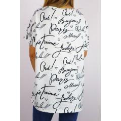 Biały długi t-shirt damski oversize z napisami i kolorową grafiką