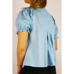 Błękitna damska bluzka z koszulowymi wstawkami i ażurowymi akcentami