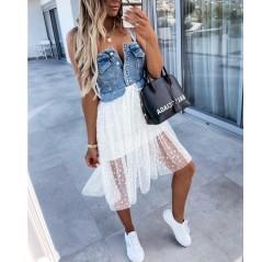 Jeansowa sukienka damska z białym tiulem w grochy