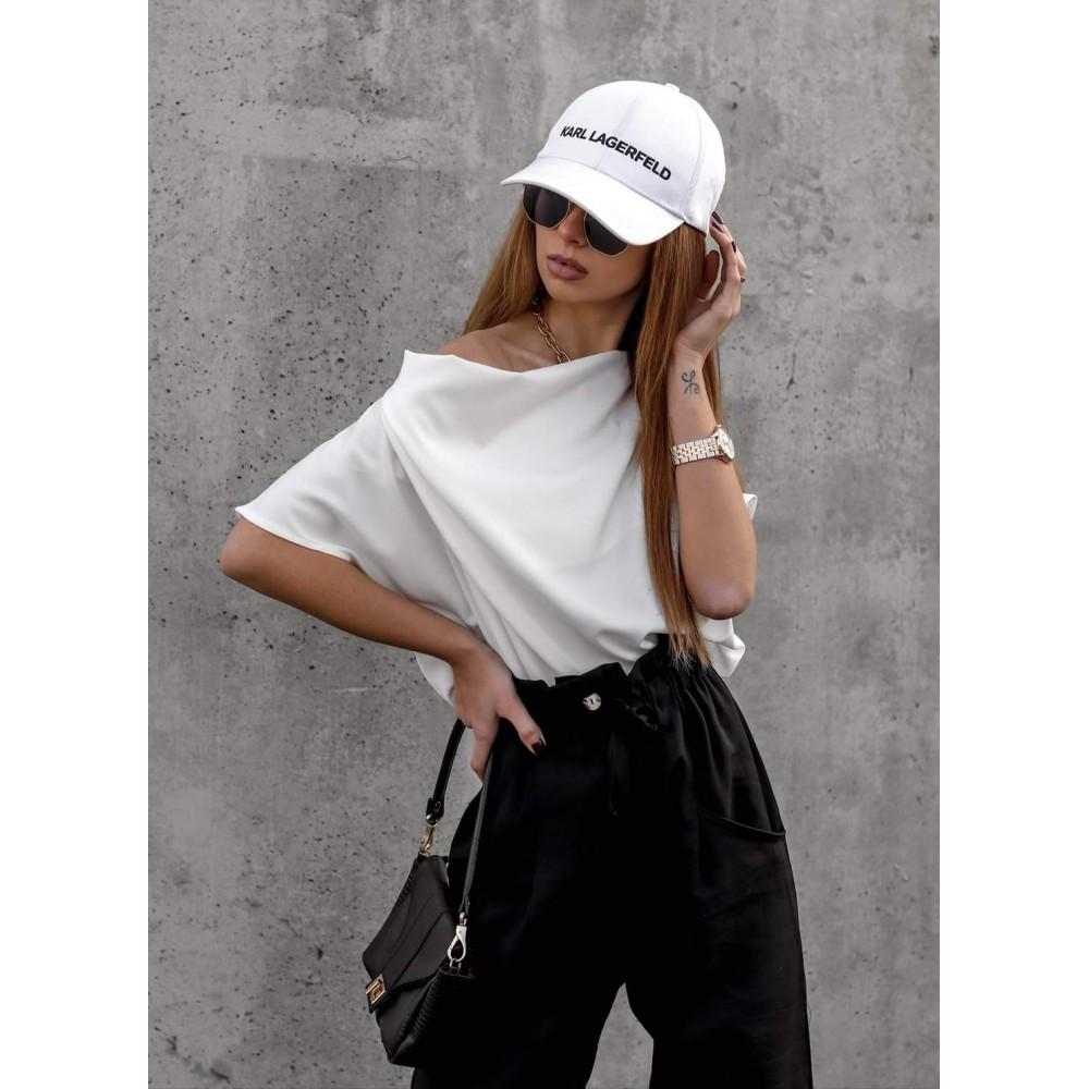 Biała elegancka bluzka damska z nietoperzowym rękawem