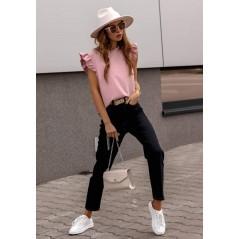 Elegancka bluzka damska w kolorze różowym z falbankowym rękawem