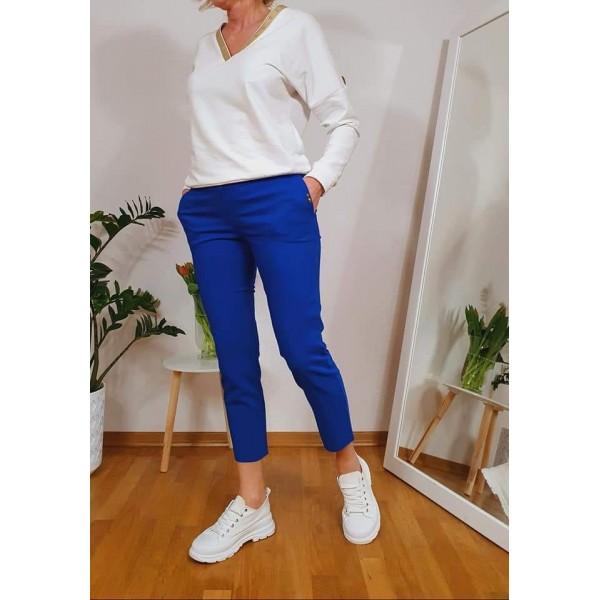 Materiałowe spodnie damskie w szafirowym kolorze, od 38 do 48